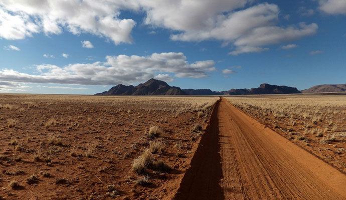 Des dunes de sable à la savane - version supérieure
