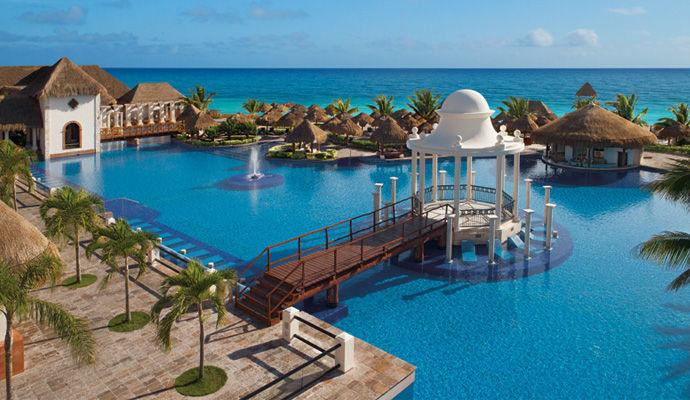 Now Sapphire Riviera Cancun 5 *
