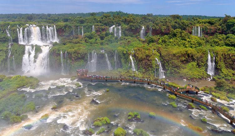 chutes Iguazu cote Bresilien