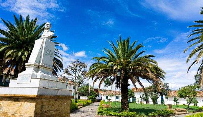 Panoramas Colombiens - Catégorie Charme  place Antonio Narino a Villa de Leyva