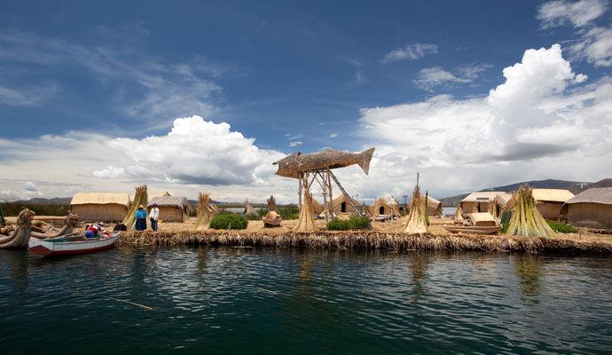 lac titicaca iles des uros