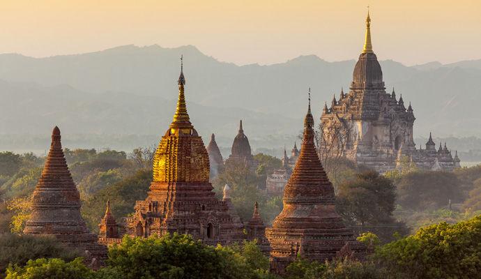 Pagodes et Plages Birmanes