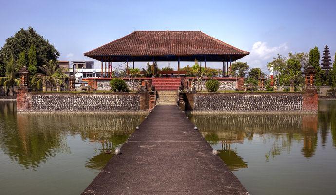 temple Mayura