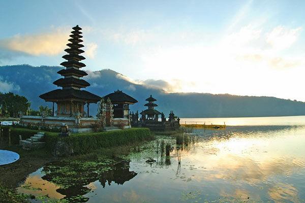 Séjour Balnéaire et Impressions Balinaises