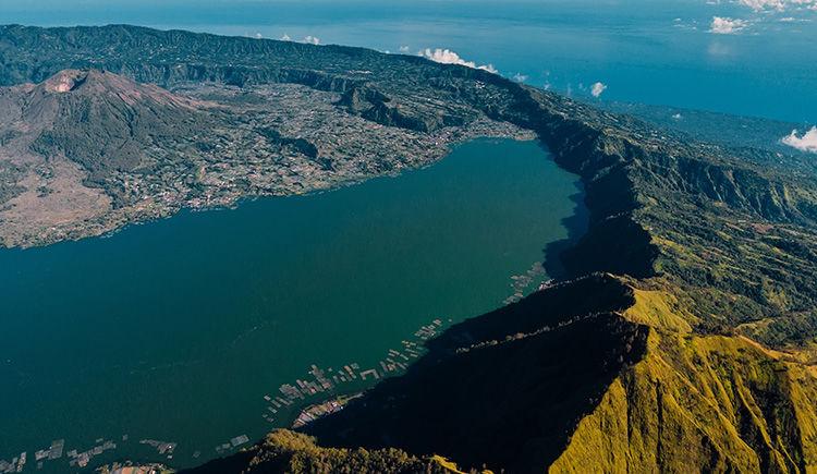 Mont Batur et le Lac Batur