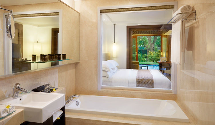 Nusa Dua / Ubud Hôtels Melia Bali et Alila  Melia chambre premium acces lagoon