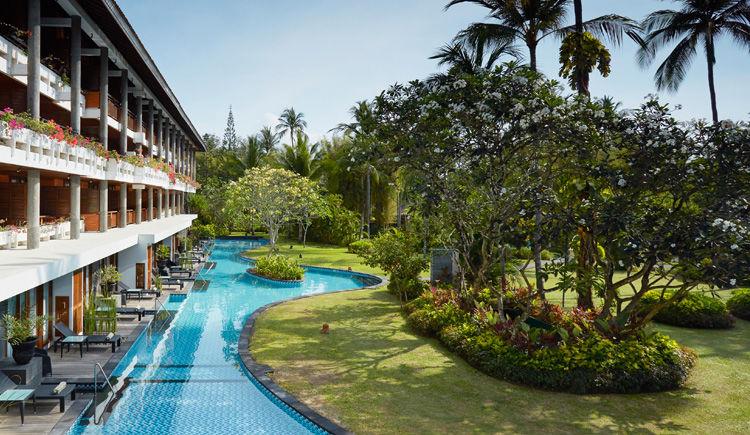 Nusa Dua / Ubud Hôtels Melia Bali et Alila  Melia piscine lagoon