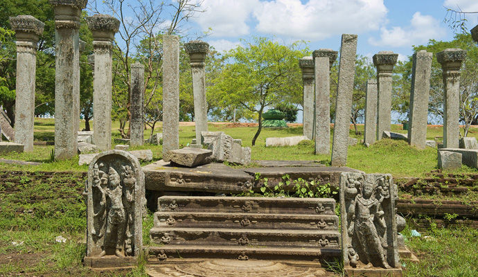 Sri Lanka Maldives - version classique   anuradhapura