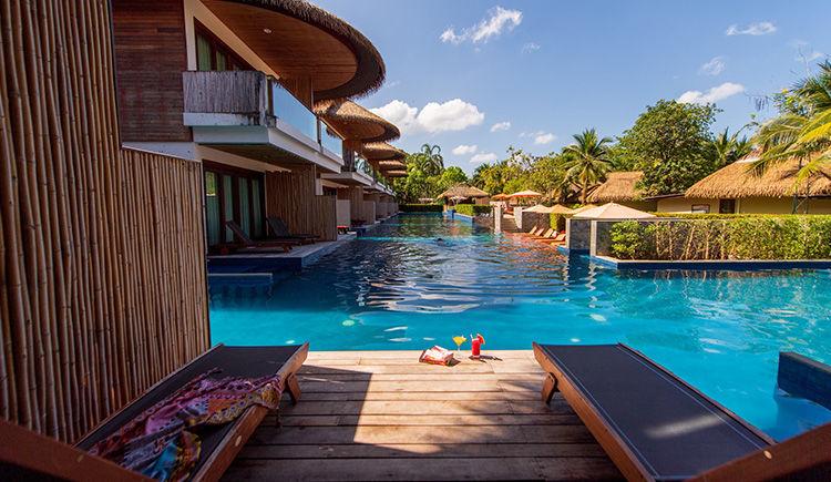 chambre Deluxe acces piscine terrasse