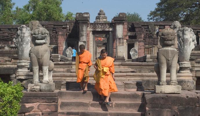 moines de Phimai