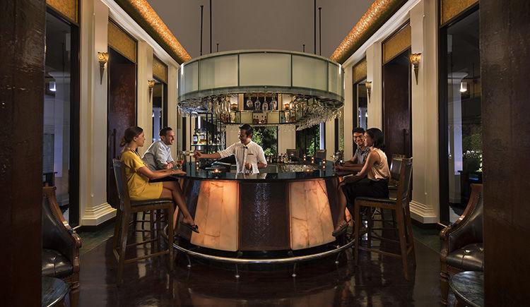 Czar lobby bar