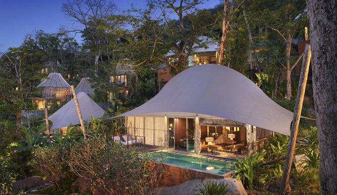 Tent Pool Villa Exterieur