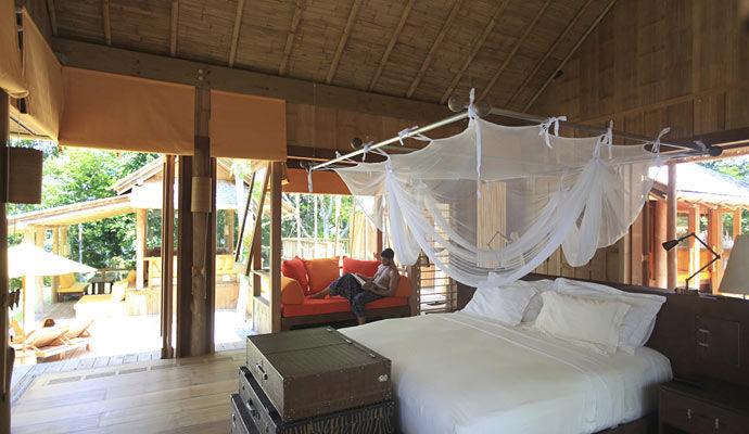 cliff villa suite pool