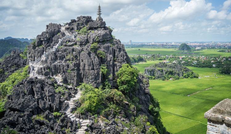 Temple Hang Mua Ninh Binh