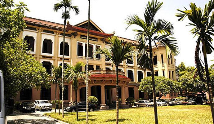 musee de l histoire du vietnam a hanoi