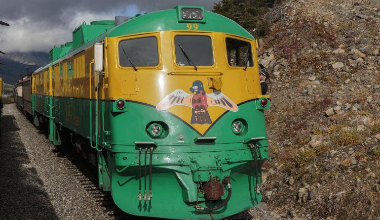 Train White Pass