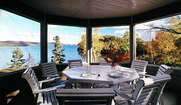 veranda chalet