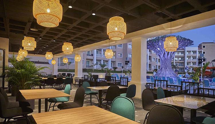 terrasse restaurant Ladon