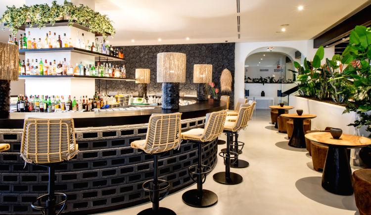 Lava Bar