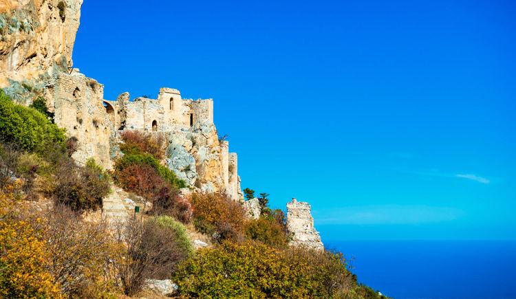 chateau de Saint Hilarion