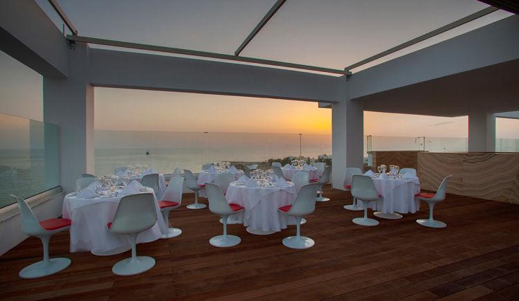 King Evelthon restaurant Viva Mexico