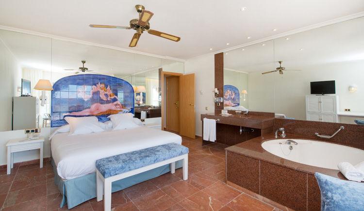 chambre avec acces piscine