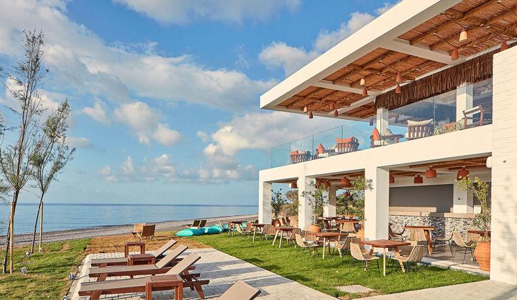 Bhodi beach bar