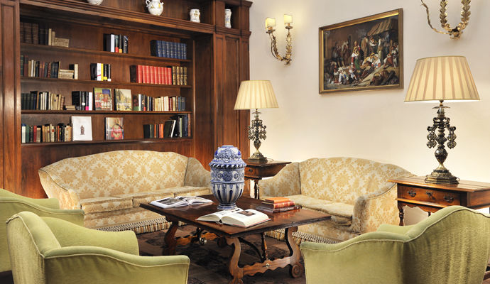 bibliotheque grand hotel continental