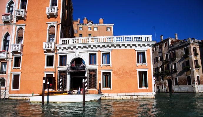 Palazzo Barbarigo 5 *