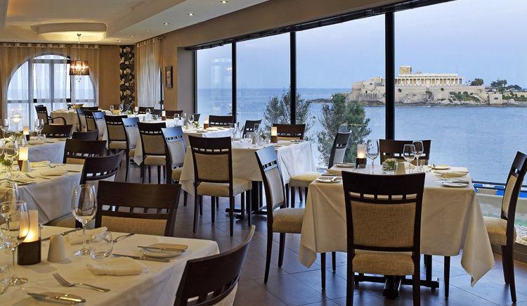 Marina Corinthia restaurant