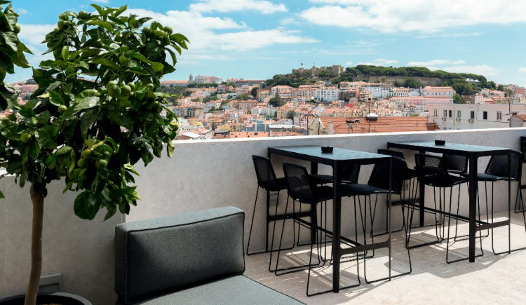 Pessoa Lisboa 4 *