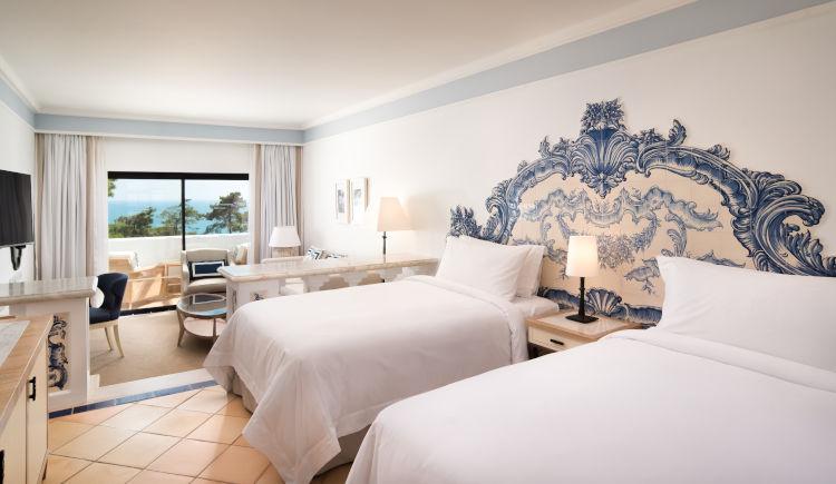 Grand deluxe twin bedroom