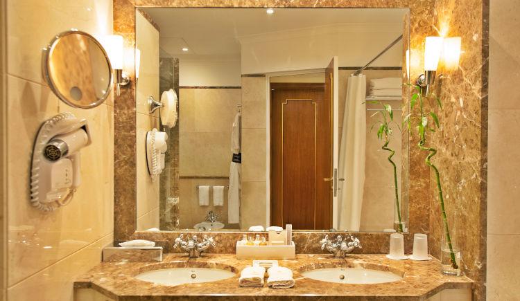 salle de bain classic room