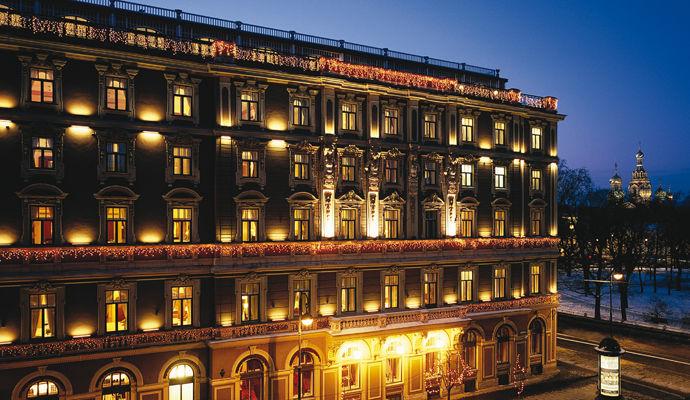 facade grand hotel europe