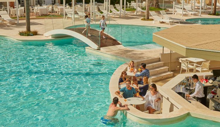 piscine bar