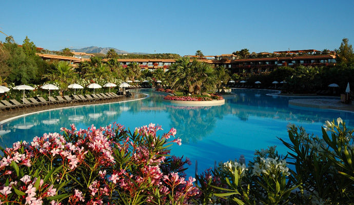 Acacia Resort Parco Dei Leoni 4 *