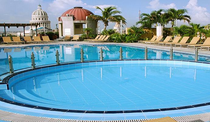 piscine iberostar parque central