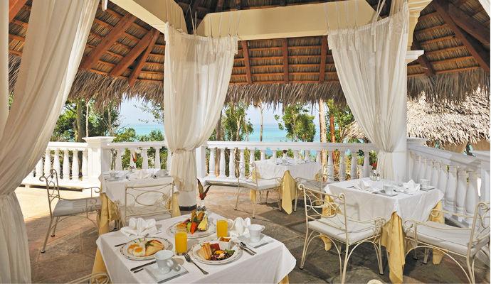 restaurant los helechos royal service