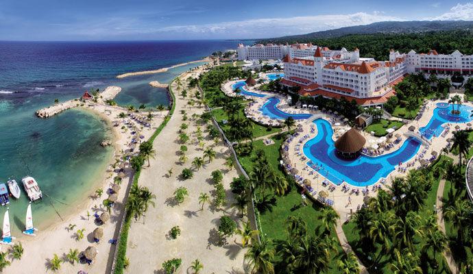Vue hotel et plage