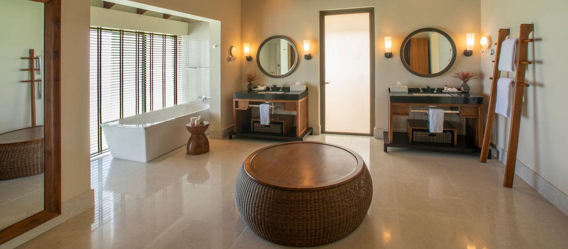 salle de bain water pool villas