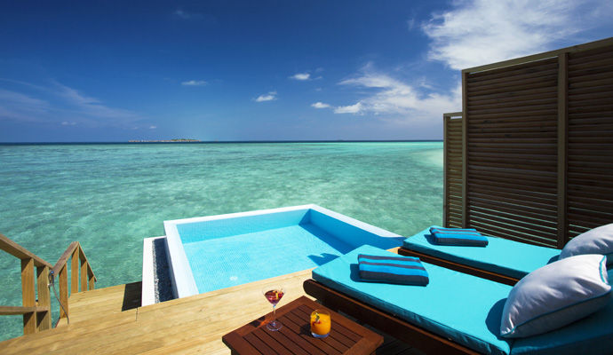 water bungalow avec piscine