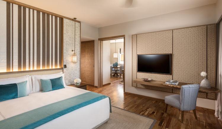 Guest room Ocean view suite Bedroom