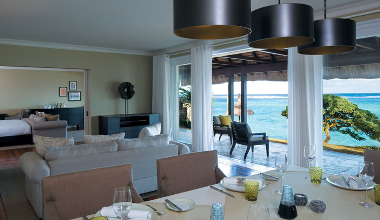 Villa loung and dining room