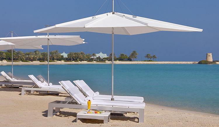 Ritz Carlton Bahrein plage