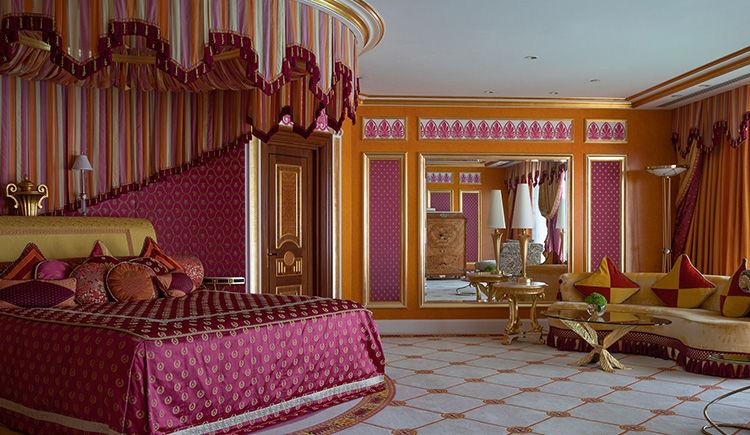 Royal Suite Queen