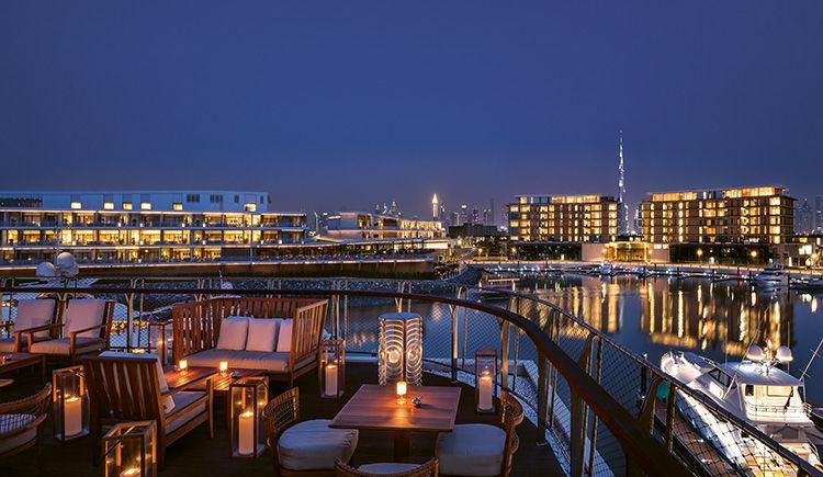 Marina et Yacht Club lounge