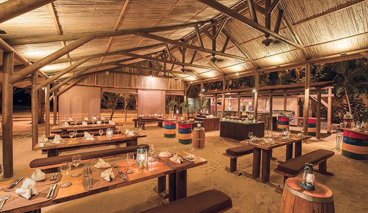 Kappa Club Maritim Crystals Beach restaurant Les Filaos beach