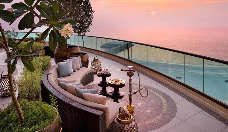 Badr Lounge