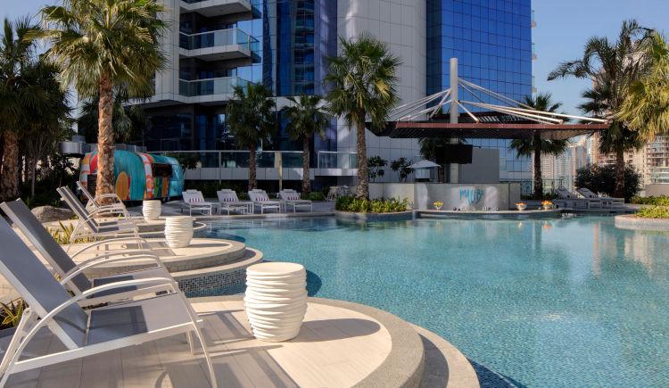 Pool bar Malibu