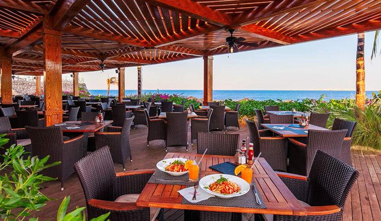 restaurant Beach Grill
